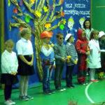 Uczniowie z SP Pogorzel podziękowali nauczycielom i pracownikom