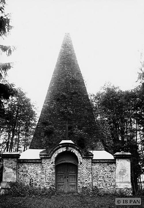 Tak wyglądała piramida przed wojną