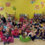 dzieci_w_biblitece (1)