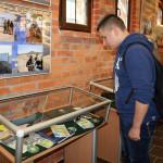 Wystawa cieszy się zainteresowaniem zwiedzających _8