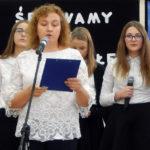 Szkoła włączyła się w ten sposób w ogólnopolską akcję śpiewania dla Niepodległej