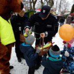 Jarmark Bożonarodzeniowy z gołdapskimi policjantami