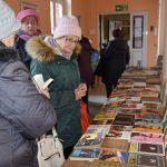 Na kiermasz przygotowanych zostało ponad 400 pozycji książkowych