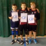 """Mini siatkówka. II Kinder + Sport Olsztynek – Znakomity występ siatkarzy z gołdapskiej """"Trójki"""""""