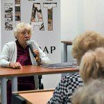 Na spotkaniu z panią Aleksandrą uczestnicy poznali historię życia przeplataną z historią miasta