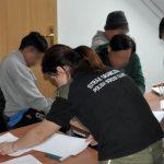 Funkcjonariusze z gołdapskiej Placówki Straży Granicznej wykryli w powiecie oleckim nielegalnie zatrudnionych  Azjatów