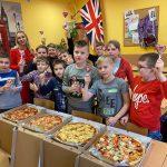 Walentynki i Międzynarodowy Dzień Pizzy klasy 4a