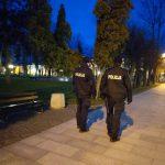 Policjanci czuwali nad przestrzeganiem nowych ograniczeń – posypały się mandaty