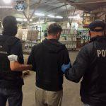 Nielegalna fabryka papierosów na byłej fermie drobiu