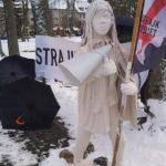 List do redakcji. Pomnik kobiety współczesnej – happennig w Gołdapi w Dzień Kobiet