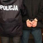 Policjanci zatrzymali dwóch poszukiwanych