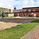 Trwa budowa boiska wielofunkcyjnego oraz modernizacja sali gimnastycznej przy LO
