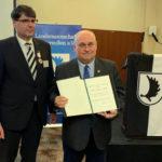Jarosław Słoma otrzymał odznakę za budowanie dobrych relacji z partnerami niemieckimi